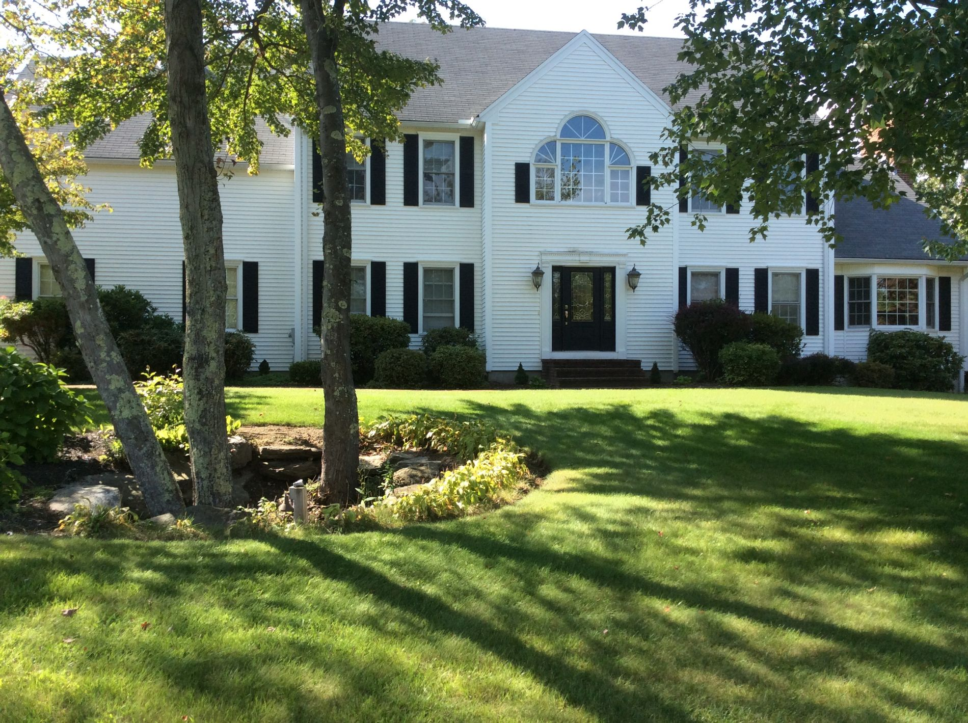Leominster Home, MA Real Estate Listing