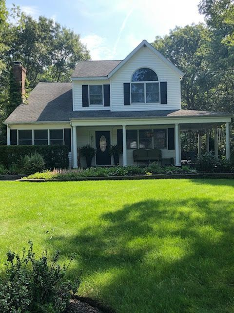 East Quogue Home, NY Real Estate Listing
