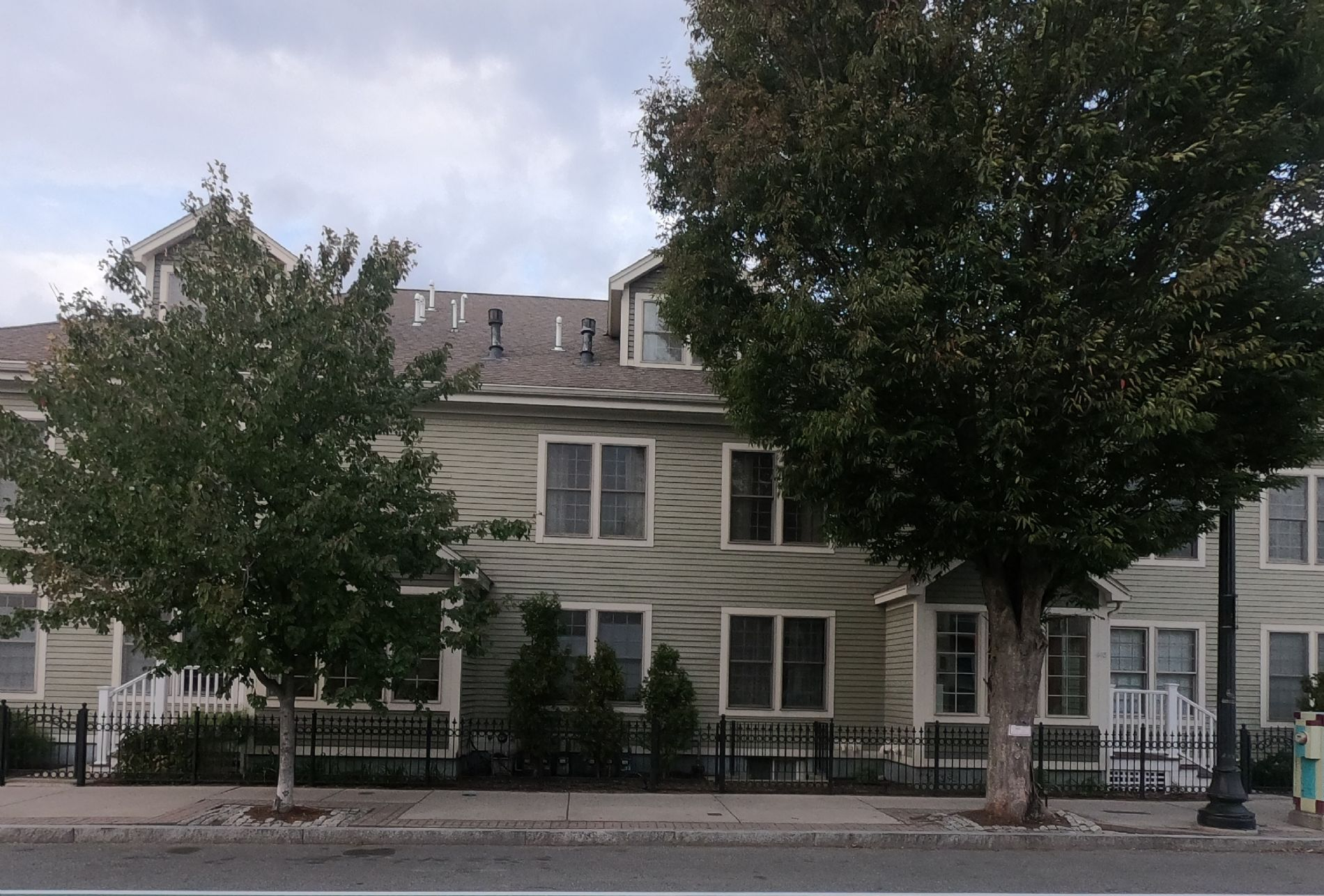Somerville Home, MA Real Estate Listing
