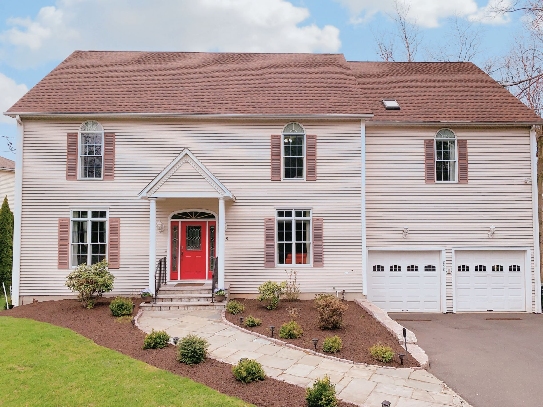 Trumbull Home, CT Real Estate Listing